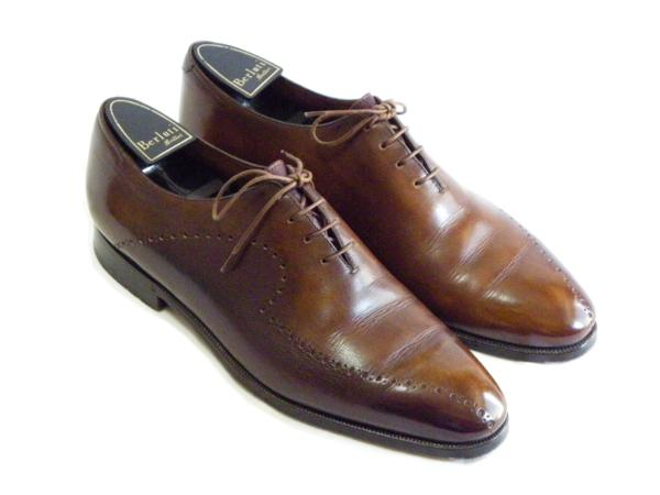 berluti-oxford-tatoues-medalion